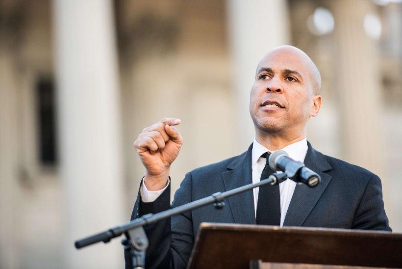 JÄRJEKORDNE KANDIDAAT: New Jersey osariigi senaator loodab käia Barack Obama jälgedes