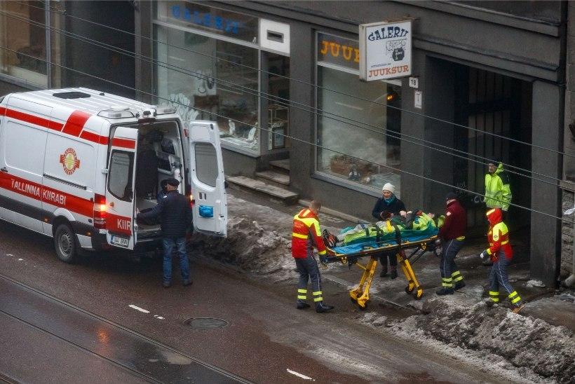 Kiirabi argipäev: 4-5 väljakutset libeduse tõttu kukkunutele