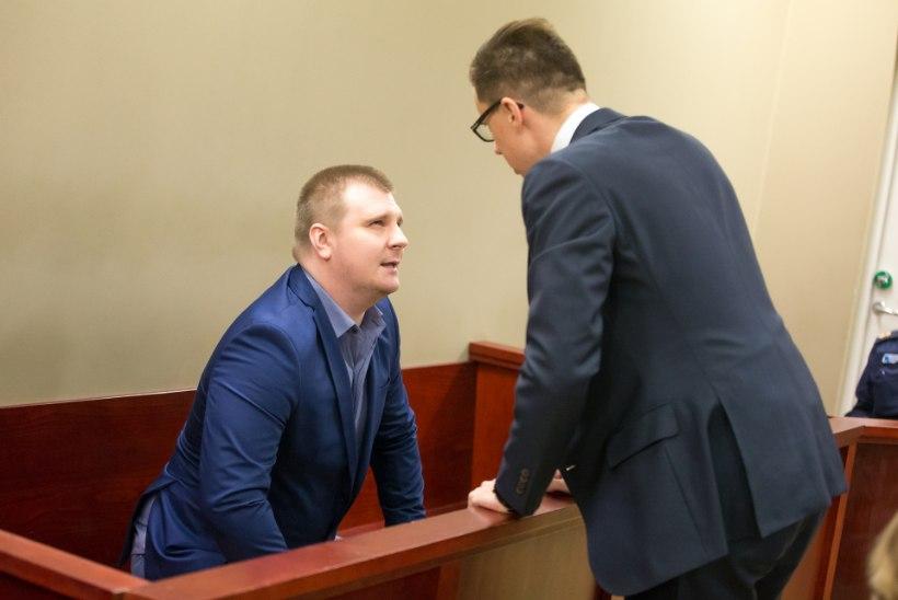 POKKERIMÄNGIJA TÕETUND: prokuratuur süüdistab Dennis Einastot hunniku krüptoraha varguses