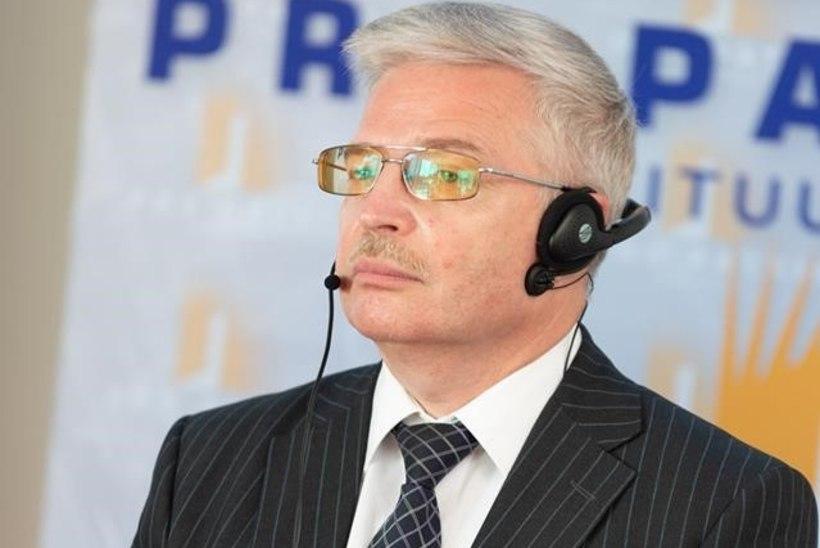 Тысячелетний Рейх Путина: Владислав Сурков рассказал о новой модели государственного устройства России