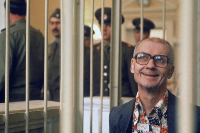 AJALOO VÕIKAMAD MÕRTSUKAD | NSV Liidu koletuim roimar Andrei Tšikatilo hukati sõbrapäeval