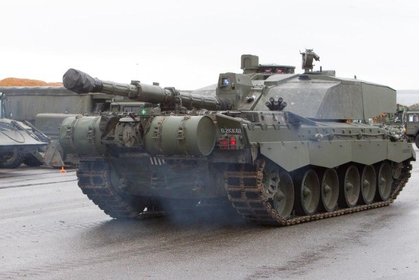 Riigikogu kaitsekomisjon eelistab tankitõrjehankes üht pakkujat teisele?