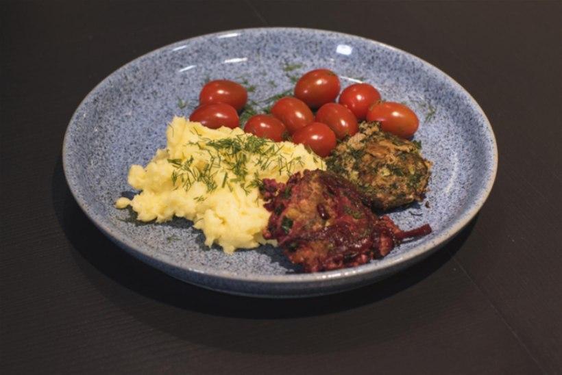 Marina Kaljuranna kahte moodi kotletid ja kartulipuder