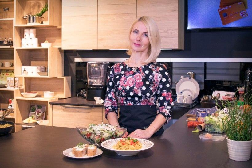 VIDEO | POLIITKÖÖK! Helle-Moonika Helme: muideks, Mart on olnud ka isapuhkusel!