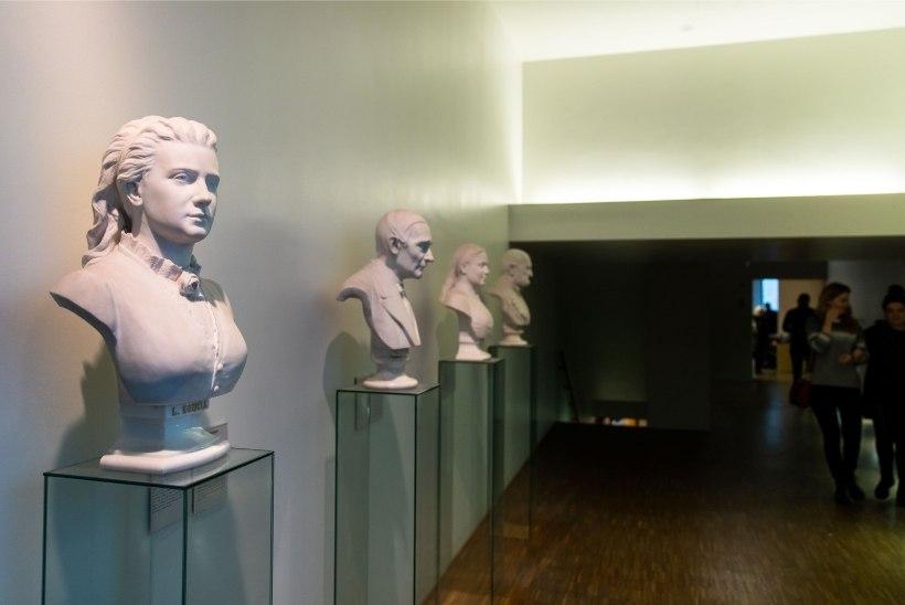GALERII | Kumu sünnipäev pani muuseumi kihama