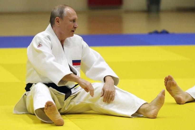 VIDEO | Putin mürgeldas judokoondisega ja vigastas sõrme