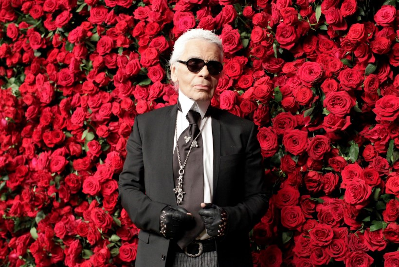 Karl Lagerfeldi 7 aegumatut moereeglit