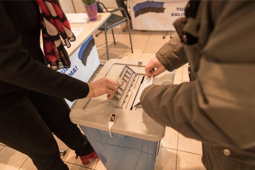 GALERII | Täna algasid valimised! Kus ja millal hääletada?