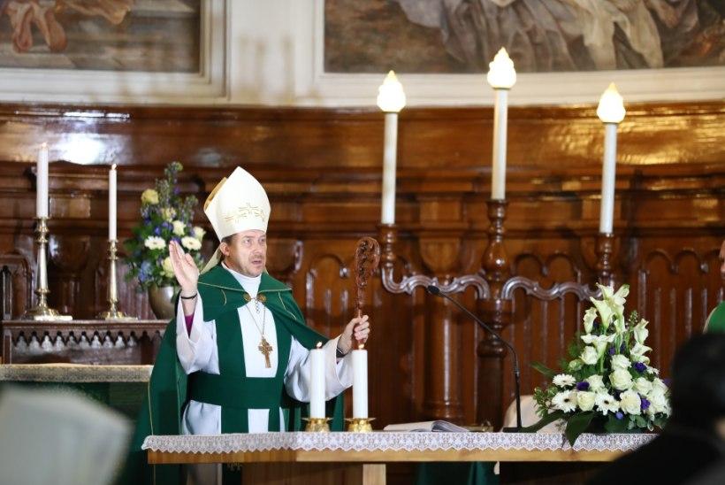 Peapiiskop Urmas Viilmaa oma kõnes: Nublu saaks siit sobiva sosinaräpi loo