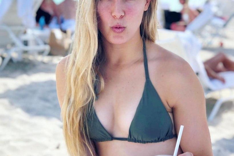 RANNAFOTOD | Kanada tipptennisist näitas Miamis bikiinivormi