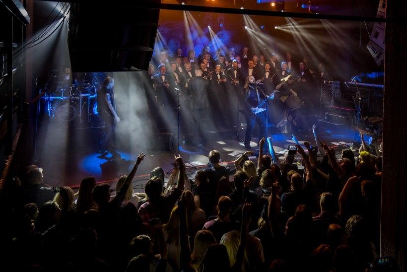 SUUR GALERII   Metsatöll tähistas 20. tegutsemisaastat võimsa kontserdiga