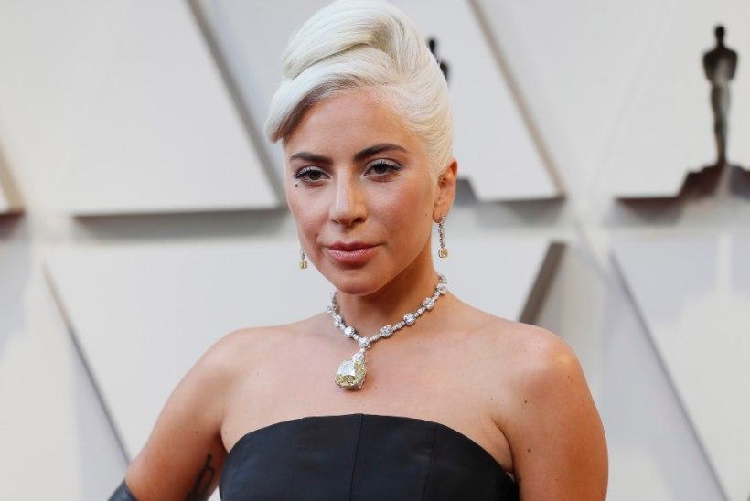 VAU! Lady Gaga kaelas sädeles hindamatu briljant, mida kandis viimati Audrey Hepburn