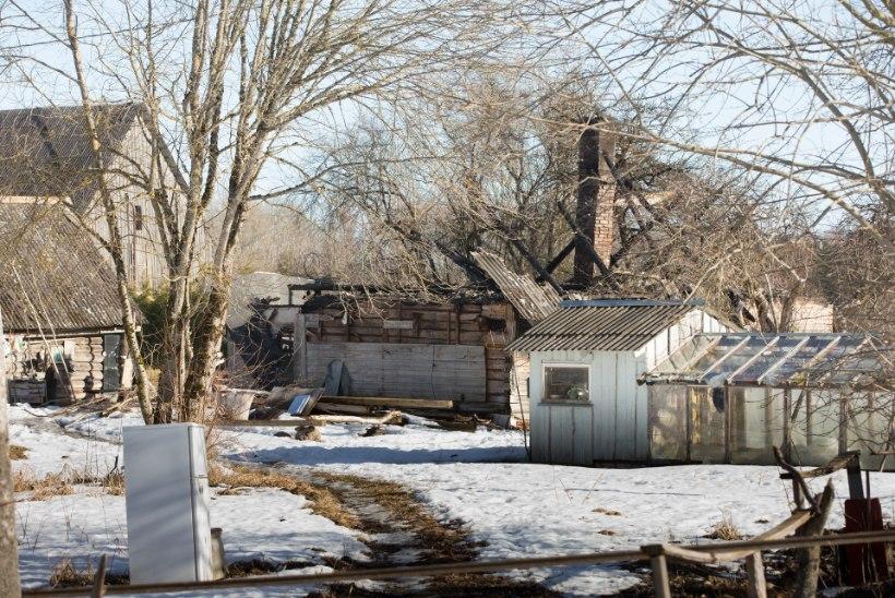 Bensiiniga oma kodu maha põletanud mees tavatses südatalvel väljas käia paljajalu!