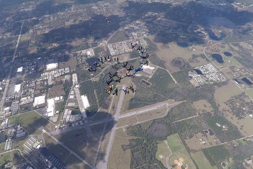 FOTOD JA VIDEO | Eesti langevarjurid püstitasid Floridas uue Eesti rekordi