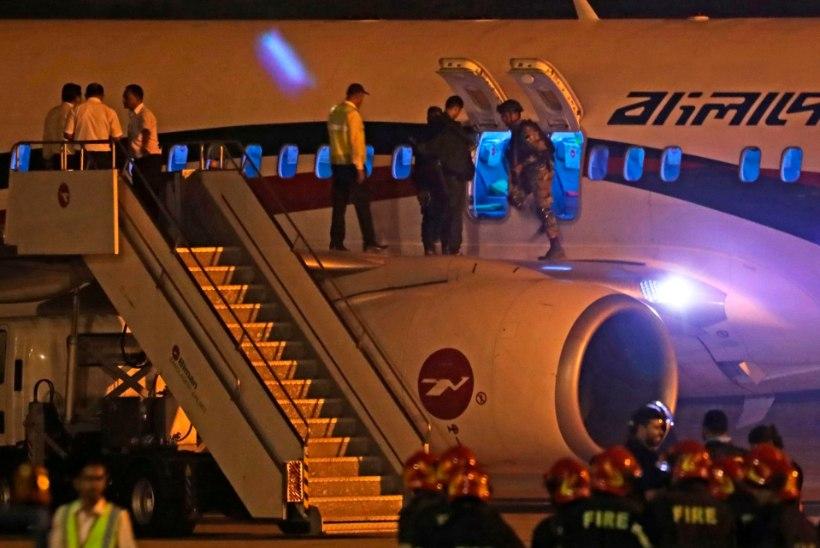 Dubai lennukit kaaperdada üritanud mees kasutas mängupüstolit