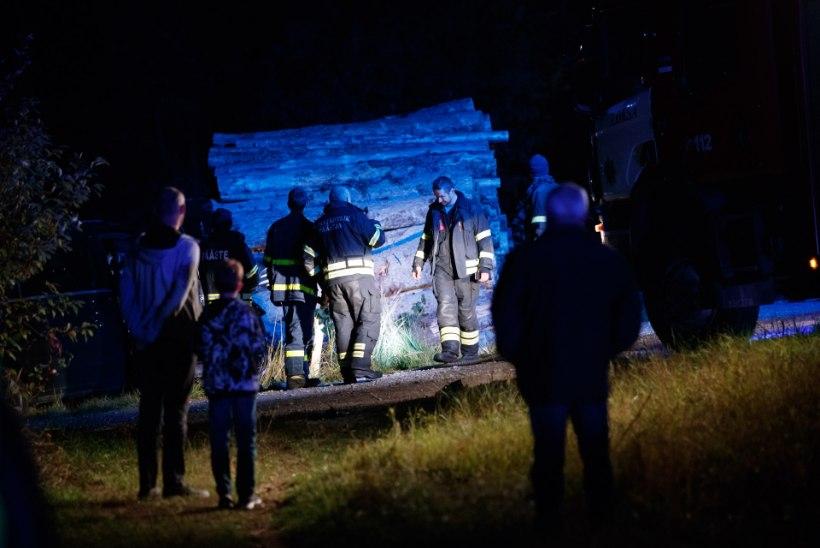 FOTOD KOHTUST | Naise purjuspäi surnuks sõitnud endist rallisportlast ähvardab pikk vangistus