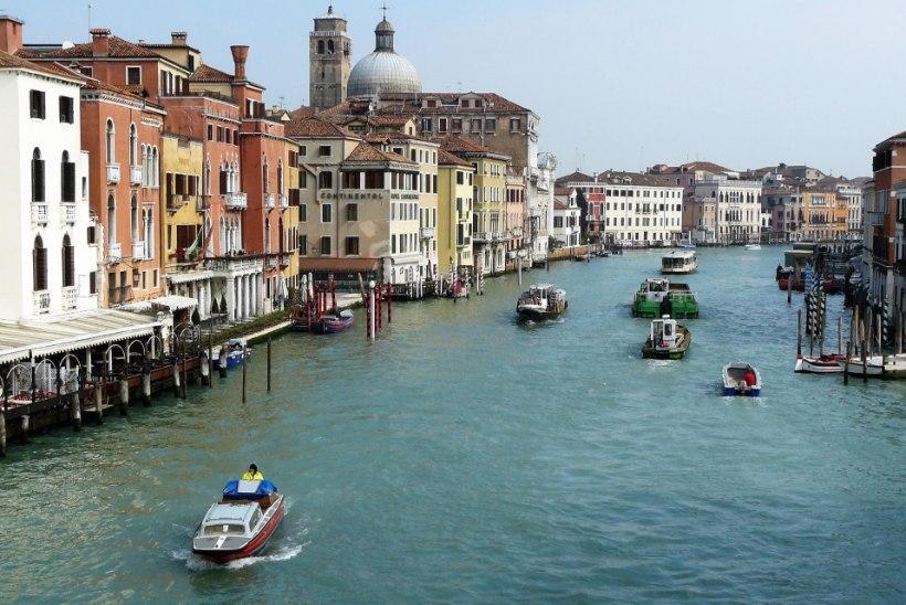 UUS MAKS: Veneetsia hakkab turistidelt sisenemismaksu võtma
