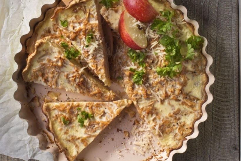 Õuna-sibula-kartulitäidisega juustupirukas