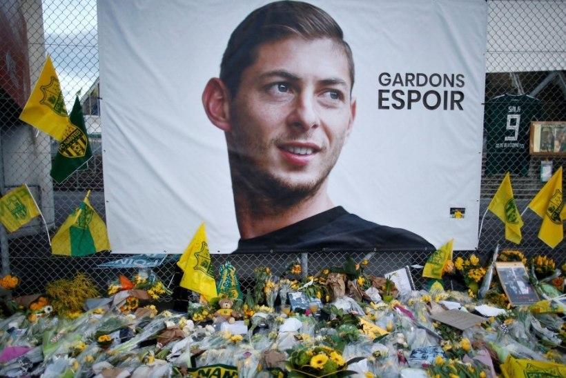 Kadunud jalgpallurit transportinud lennuki vrakk leiti viimaks üles