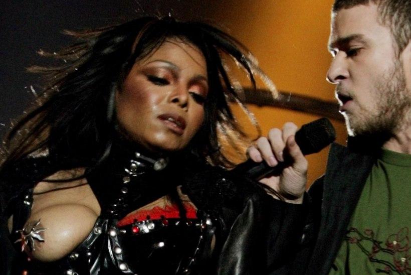EBAAUS: Levine kiskus end Super Bowlil paljaks, kuid Janeti rind põhjustas skandaali