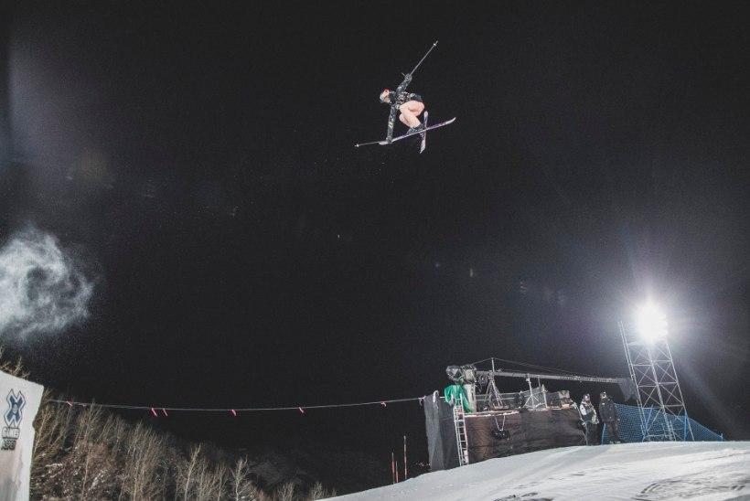 Kelly Sildaru MM-debüüt lükkus lumesaju tõttu edasi