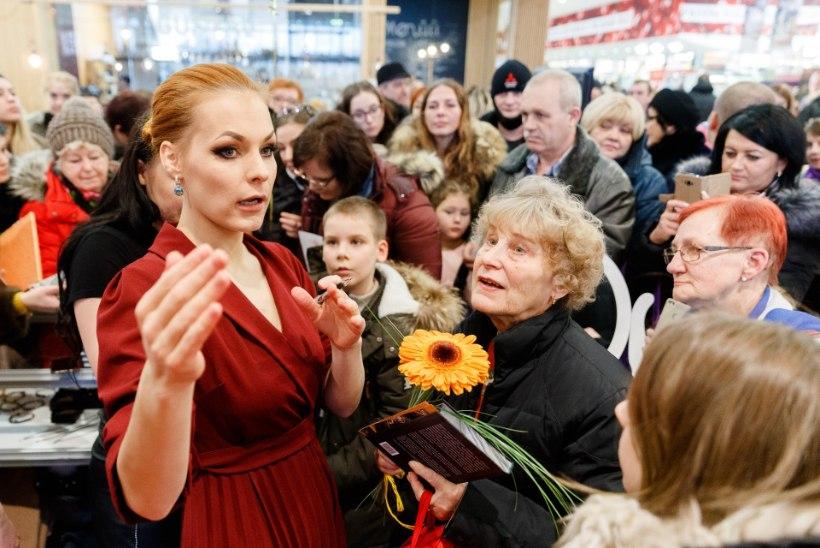 ÕL VIDEO JA GALERII | Alati kaunis Eve Kivi astus moelavale, Marilyn Kerro kohtus fännidega