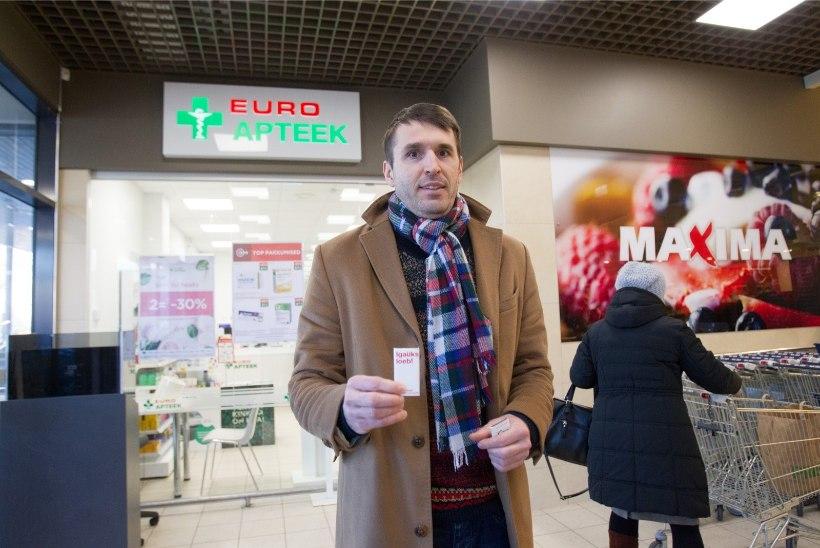 Rainer Vakra: valijad kingivad lilli ning soovivad energiat ja särtsu