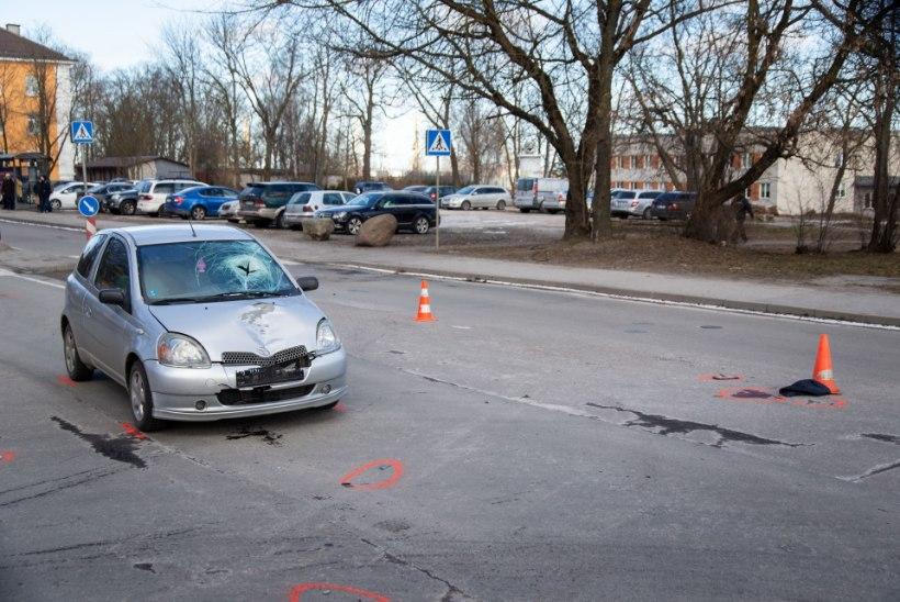 FOTOD   Tallinnas hukkus autolt löögi saanud 72aastane naine