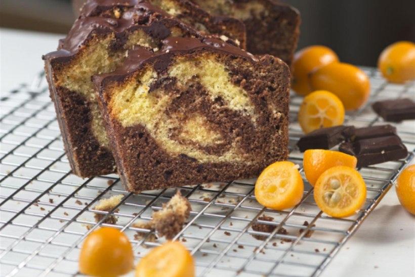 NÄDALA KOOK | Lihtne apelsini ja šokolaadi marmorkeeks teeb kõigil tuju heaks