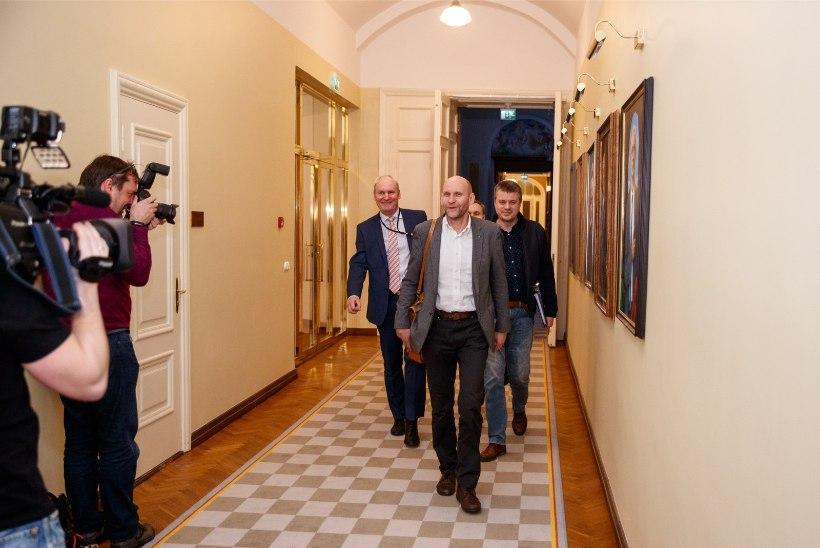 ÕL VIDEO JA FOTOD | Võimukõnelused Toompeal: julgeoleku- ja välispoliitikas erimeelsused puuduvad