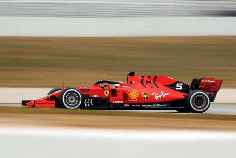 Vormelitšempion Vetteli lõbus traditsioon: autol peab olema naisenimi, sest see on seksikas