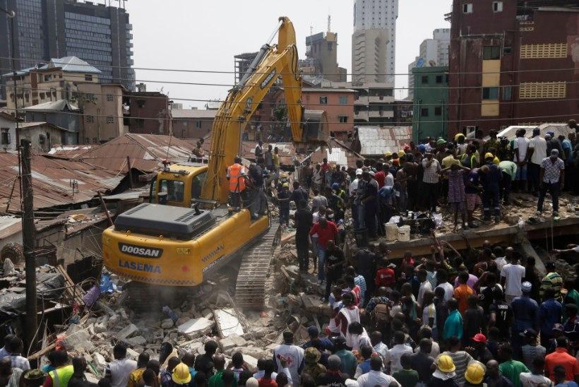 ÕUDUS: Nigeeria koolimaja varingus hukkus mitu last