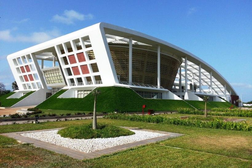 GALERII | Vaata, millised parlamendihooned on Hiina kinkinud endistele Euroopa kolooniatele