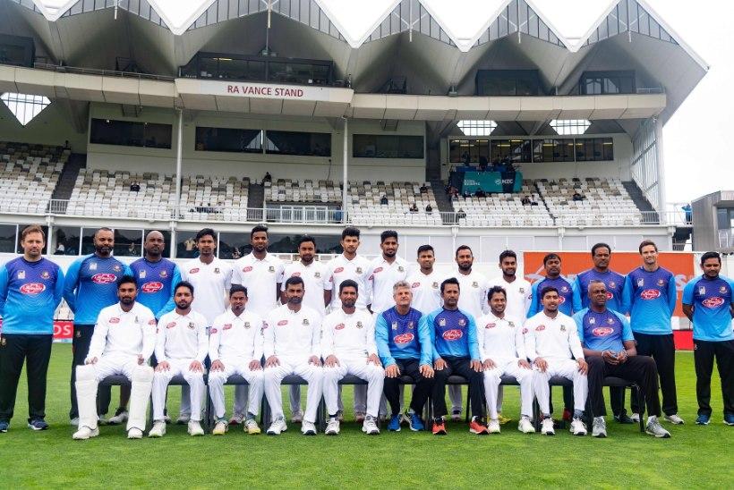 Bangladeshi kriketikoondist lahutas Uus-Meremaa terroristi valangutest kolm minutit