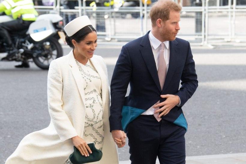 Hertsoginna Meghan jäi raseduspuhkusele