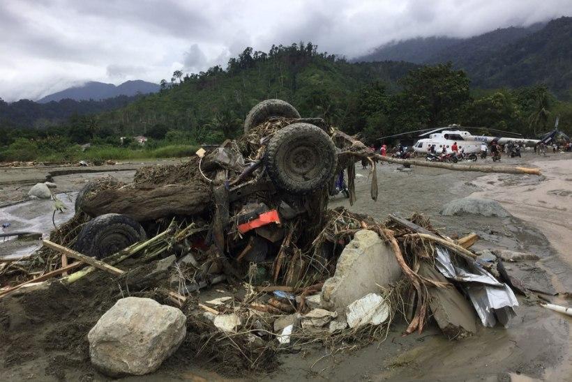 Grupp eestlasi pääses Indoneesias napilt mudavoolude küüsist