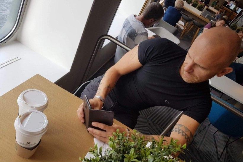 BAARI-MADISE BLOGI | Uhke paadireis, seksikad poosid, vallatu kelner ja uduselt piinlik hommik