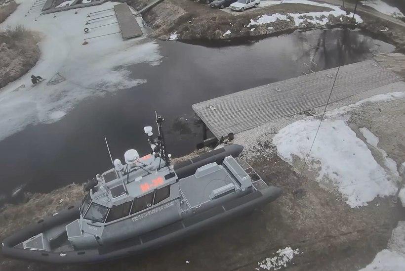 VIDEO | Piirivalvurid päästsid kalamehe, kes vajus läbi õhukese jää