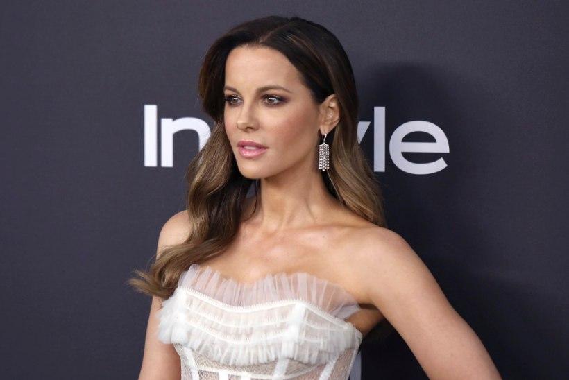 Kate Beckinsale mälestab vaid 31aastaselt surnud isa