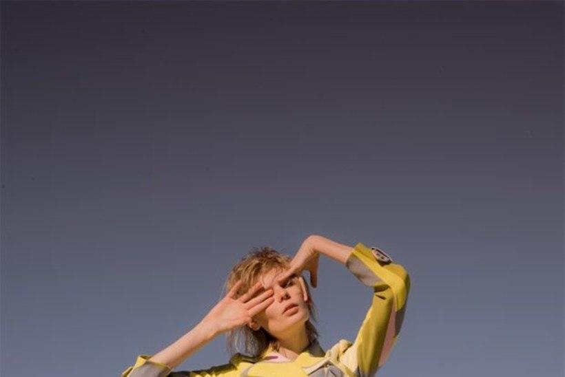 Mitmekülgne eestlanna: modell Alexandra Elizabeth Ljadov annab välja debüütsingli