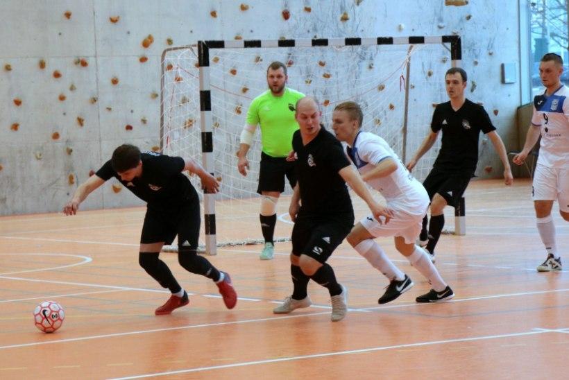 JÄRELVAADATAV | Saalijalgpalli meistrivõistluste pronks läks Tartusse