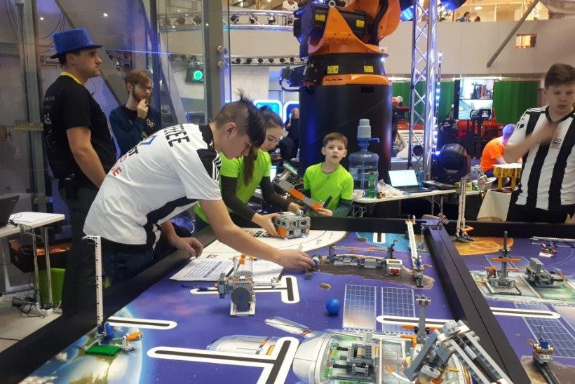 """Тренер по детской робототехнике Юлия Сандул: """"Хочу воспитать инженеров нового поколения!"""""""