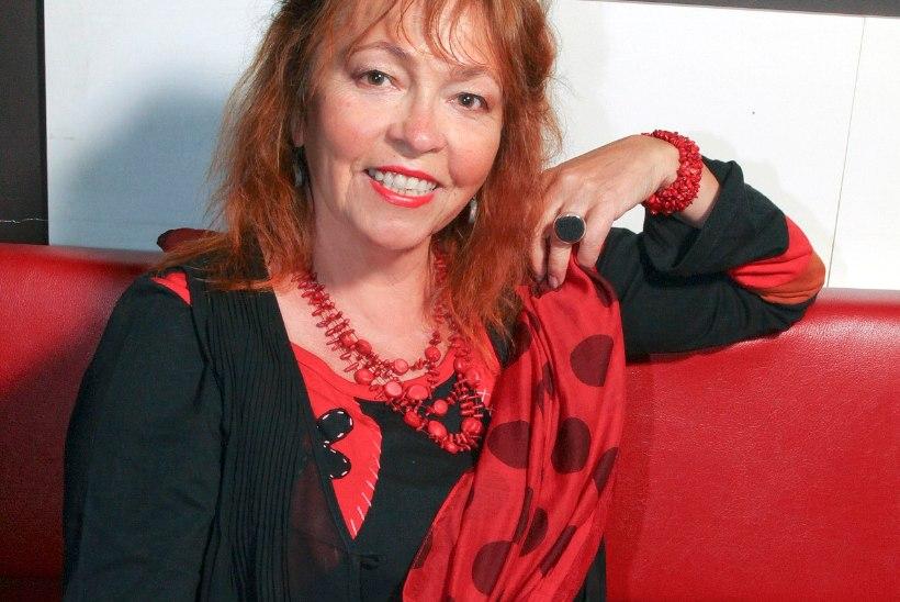 Pariisis elav näitleja Ene Rämmeld: mind saadab siiani küüditamise seletamatu hirm