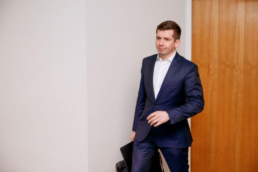Repinski jätkab vallandamist:juba viies vallatöötajalasti lahti