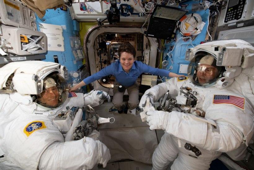 Naisastronautide kosmosekõnd jäi ära, kuna NASAl polnud õiges suuruses skafandreid