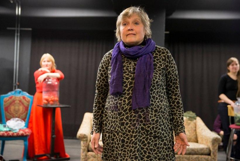 60aastane naine kaebas Tartu linnavalitsuse kohtusse, kuna tema asemel valiti tööle 28aastane