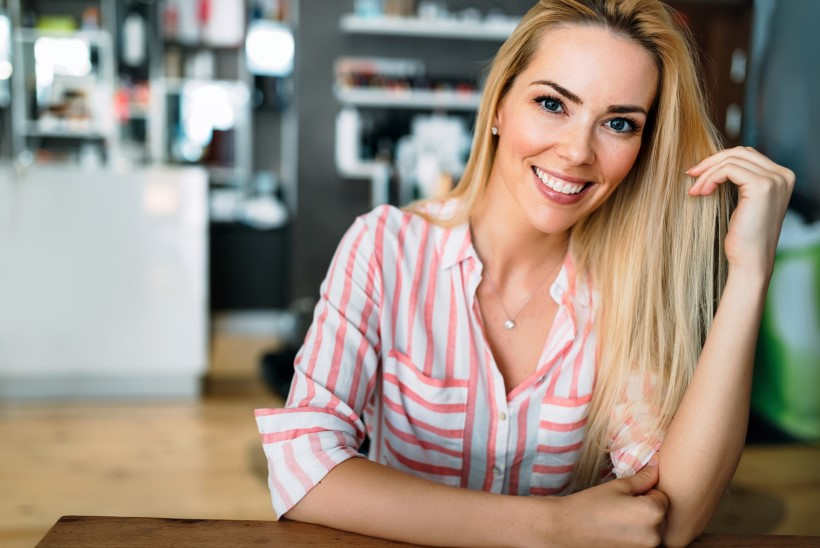 Kuidas saavutada säravvalge naeratus kodus?