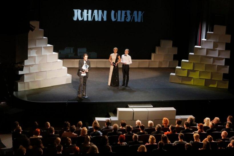 TSENSUUR?! ERR selgitab, miks lõigati teatriauhindade saatest välja Juhan Ulfsaki poliitiline hoiatus