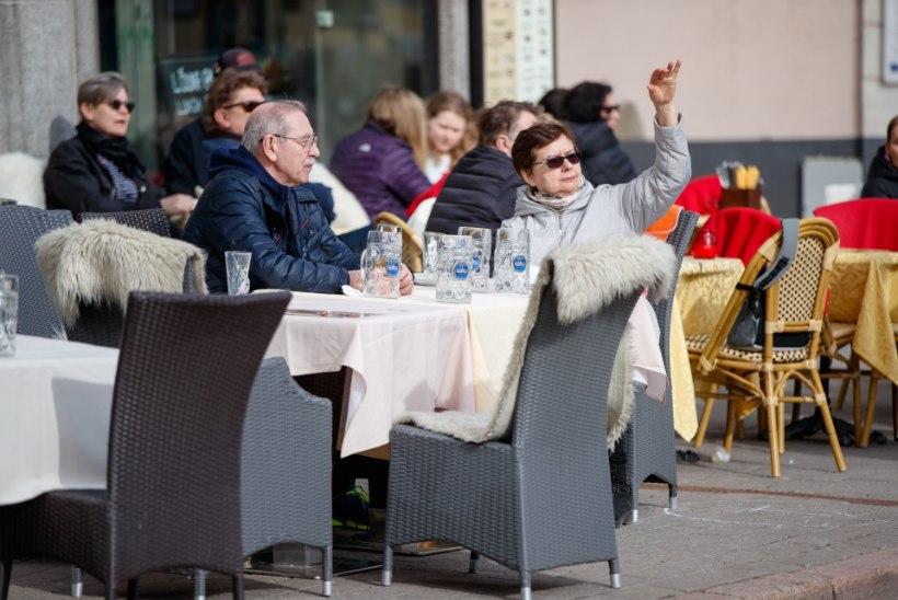 GALERII | Fantastiline ilm tõi Tallinnas välja esimesed kevade nautlejad