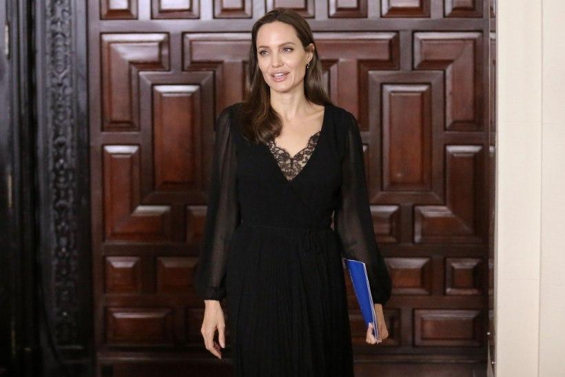 Angelina Jolie liitub Marveli superkangelastega